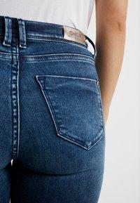 ONLY Petite - ONLFSHAPE - Jeans Skinny Fit - dark blue denim - 3