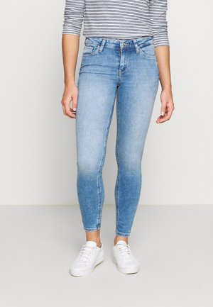 CARMEN - Jeans Skinny Fit - light blue denim