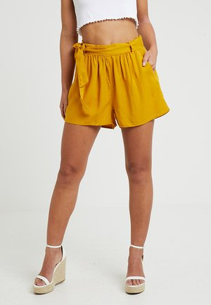 ONLFCHILLI LIFE - Shorts - golden yellow