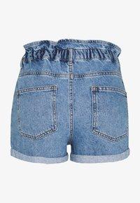 ONLY Petite - ONLCUBA LIFE  - Jeans Shorts - medium blue denim - 1