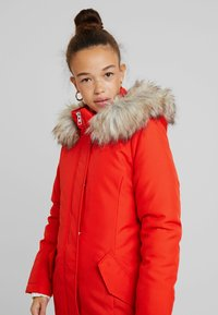 ONLY Petite - ONLKATY COAT - Parkatakki - fiery red - 3