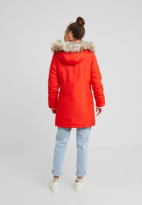 ONLY Petite - ONLKATY COAT - Parkatakki - fiery red - 2