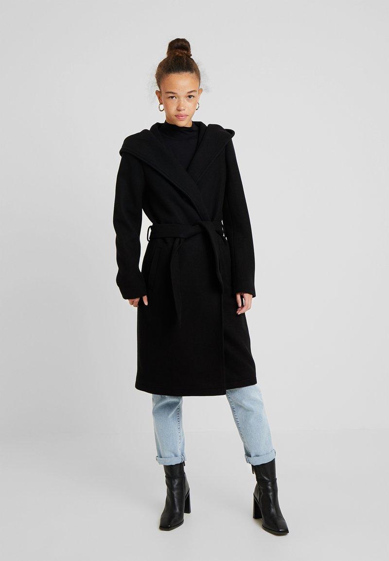 ONLY Petite - ONLRILEY COAT - Zimní kabát - black
