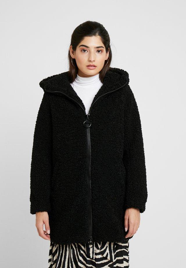 ONLTERRY CURLY FUR HOOD COAT - Winter coat - black
