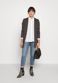 ONLY Petite - ONLSOHORUBY SPRING COAT - Abrigo corto - dark grey - 1