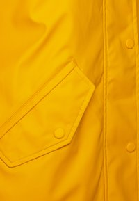 ONLY Petite - ONLSALLY RAINCOAT - Parka - golden yellow/white - 2