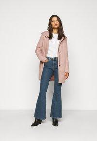 ONLY Petite - ONLSEDONA LIGHT COAT  - Krátký kabát - mocha mousse melange - 1