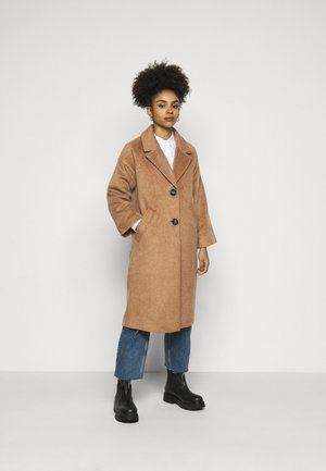 ONLVAL 7/8 SLEEVE COAT PETIT - Kåpe / frakk - toasted coconut