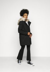 ONLY Petite - ONLMAY LIFE - Parka - black - 1