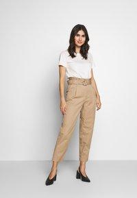Marc O'Polo DENIM - PANTS - Trousers - vintage beige - 1