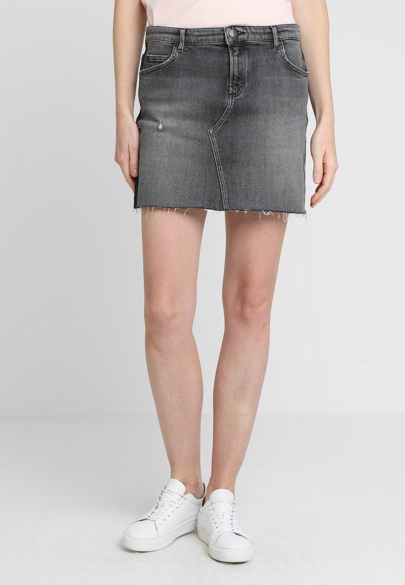 Marc O'Polo DENIM - SKIRT POCKET - Denim skirt - wash reapeat black