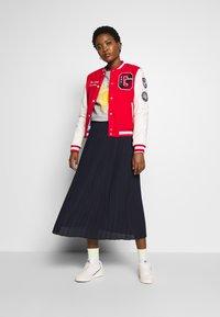 Marc O'Polo DENIM - SKIRT PLISSEE - A-line skirt - scandinavian blue - 1