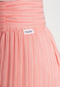 Marc O'Polo DENIM - SKIRT BELT BUTTON PLACKET - A-line skirt - multi/soft coral - 3