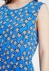 Marc O'Polo DENIM - DRESS STRAP DETAIL AT BACK - Freizeitkleid - blue
