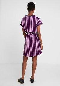 Marc O'Polo DENIM - DRESS SHORT SLEEVE - Day dress - blue/pink - 3