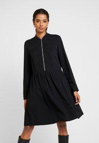 Marc O'Polo DENIM - DRESS LONGSLEEVE - Vestido informal - black - 0