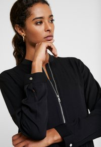 Marc O'Polo DENIM - DRESS LONGSLEEVE - Vestido informal - black - 5