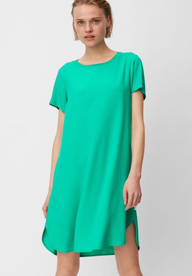 DRESS SHAPE - Korte jurk - underwater green
