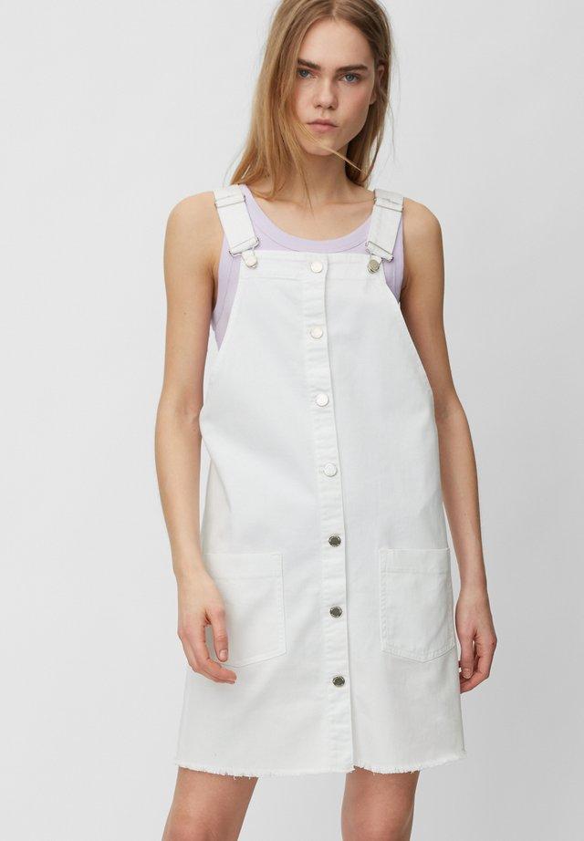AUS ELASTISCHEM - Spijkerjurk - white