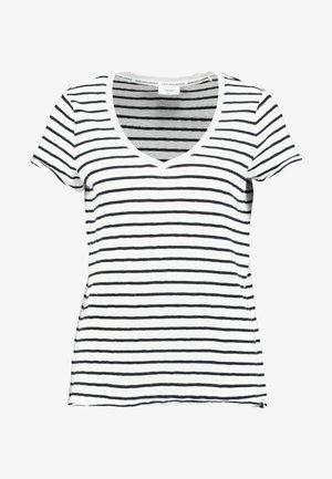 V NECK COSY FIT SIDESLITS - T-shirt med print - white/black