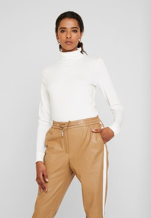LONGSLEEVE TURTLE NECK - Long sleeved top - white