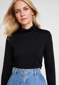 Marc O'Polo DENIM - LONGSLEEVE TURTLE NECK - Topper langermet - black - 3