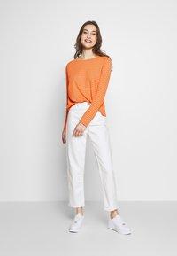 Marc O'Polo DENIM - Long sleeved top - multi/flash orange - 1