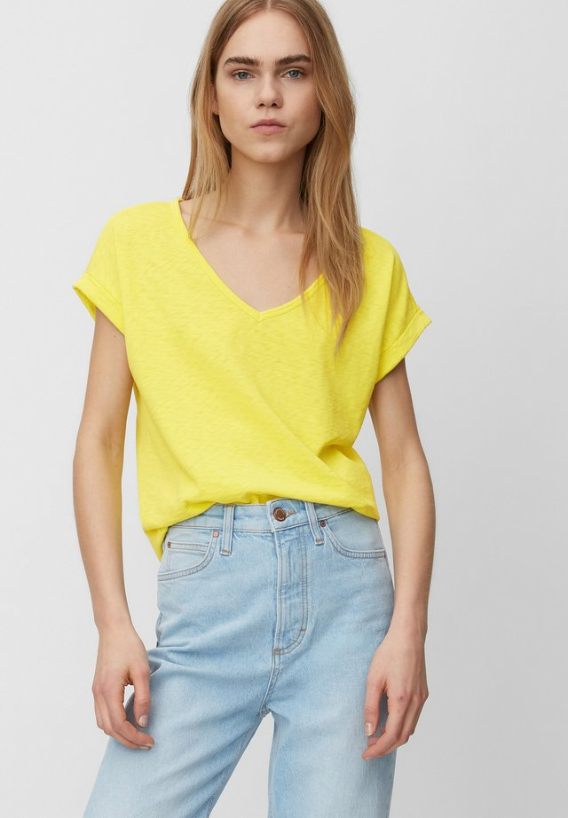 Basic T-shirt - fresh yellow