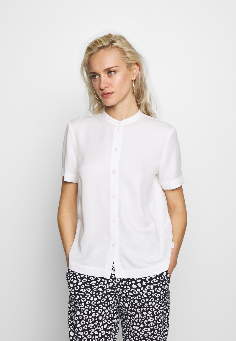 Marc O'Polo DENIM - Button-down blouse - scandinavian white