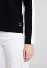 Marc O'Polo DENIM - Jersey de punto - black/white - 5