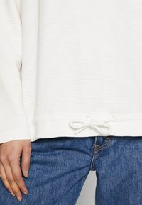 Marc O'Polo DENIM - Sweatshirt - white - 4