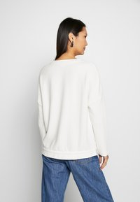 Marc O'Polo DENIM - Sweatshirt - white - 2