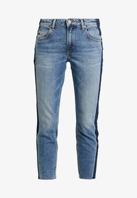 Marc O'Polo DENIM - ALVA CROPPED - Jeansy Slim Fit - blue side of life/mid blue - 3