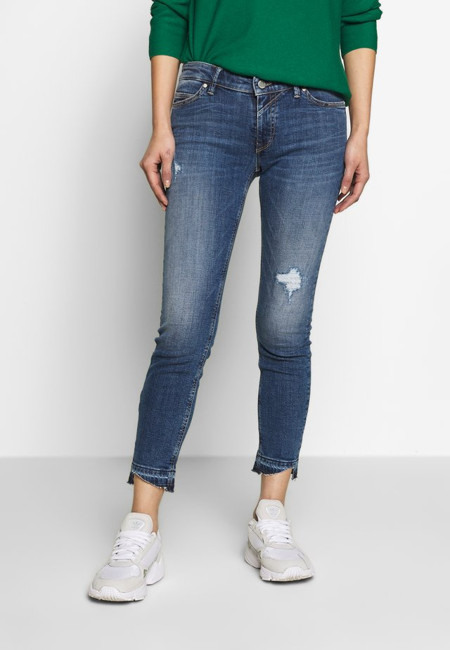 Skinny džíny - dark blue denim