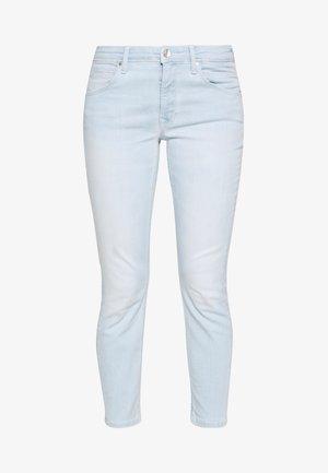 ALVA - Slim fit jeans - dip in white wash