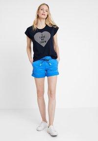 Marc O'Polo DENIM - Shorts - palace blue - 1