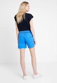 Marc O'Polo DENIM - Shorts - palace blue - 2