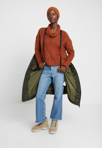 Marc O'Polo DENIM - COAT QUILTED PUFFER 2IN1 OPTIC - Cappotto invernale - action green - 3