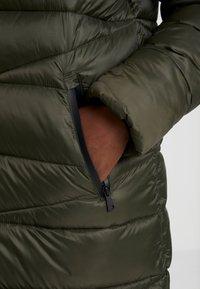 Marc O'Polo DENIM - COAT QUILTED PUFFER 2IN1 OPTIC - Abrigo de invierno - action green - 4
