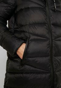 Marc O'Polo DENIM - COAT QUILTED PUFFER 2IN1 OPTIC - Cappotto invernale - black - 5