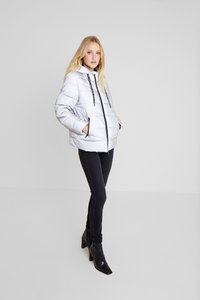 Marc O'Polo DENIM JACKET QUILTED PUFFER 2IN1 JACKE ...