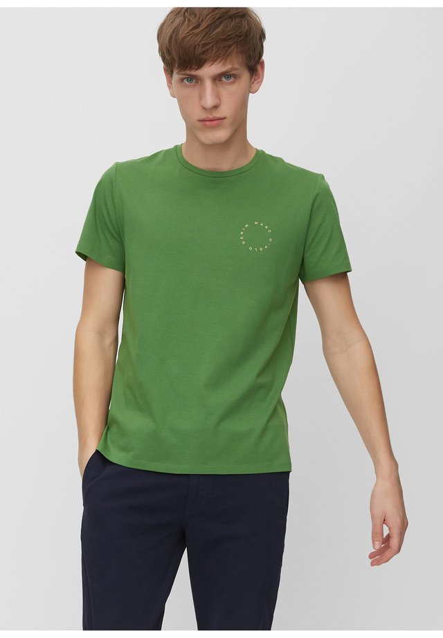 MARC O'POLO DENIM T-SHIRT AUS ORGANIC COTTON - Basic T-shirt - scandinavian green