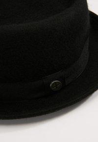 Menil - FIRENZE - Hatt - black - 4
