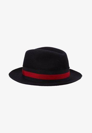 PADUA - Sombrero - ribbon navy/red