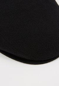Menil - BERGAMO - Beanie - black - 5