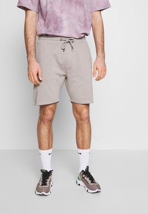 GARMENT DYED - Pantaloni sportivi - light grey