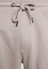 Shine Original - GARMENT DYED - Teplákové kalhoty - light grey - 4