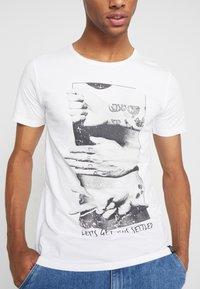 Shine Original - HUMOUR TEE - T-Shirt print - white - 4