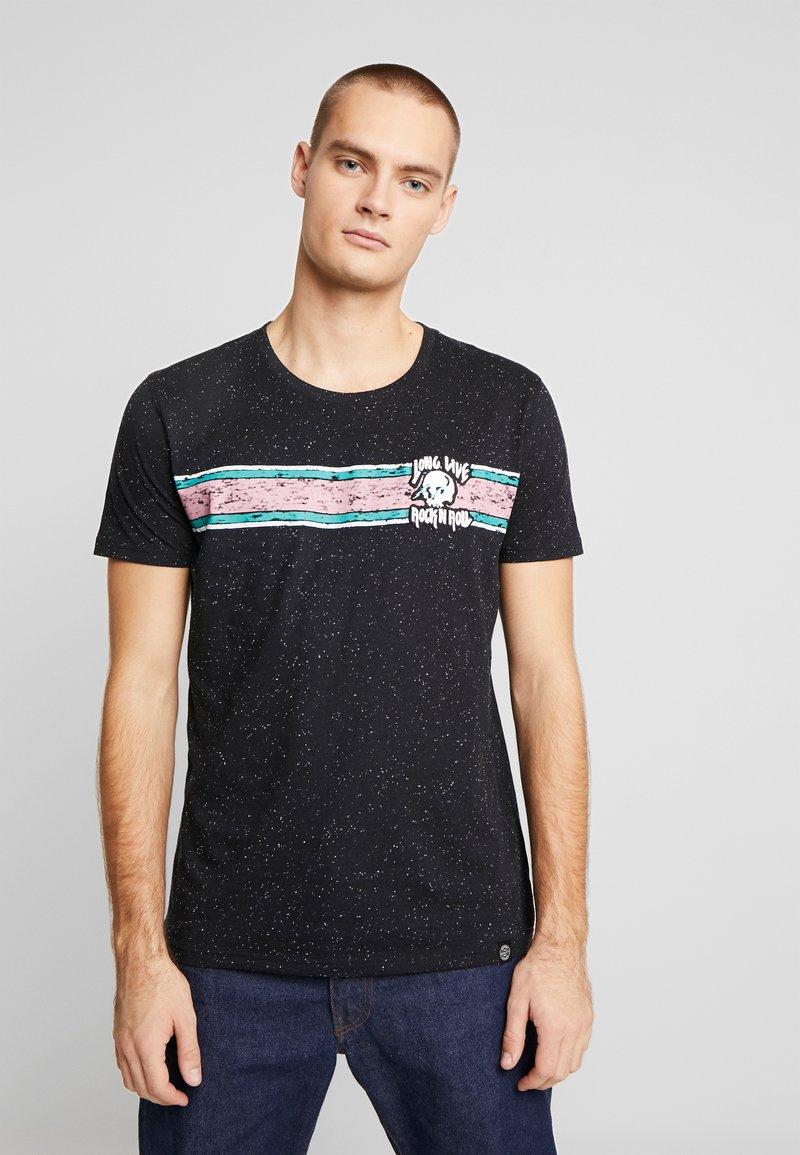 Shine Original - CHEST EMBROIDERY TEE  - T-Shirt print - black