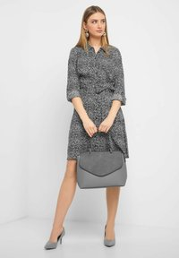 ORSAY - MIT MUSTER - Shirt dress - black - 1